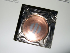 Intel 酷睿2 QX9650(至尊版/盒)