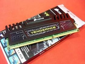 海盗船复仇者4G DDR3 1600(CMZ4GX3M1A1600C9)