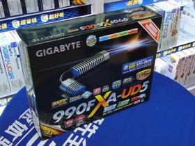 技嘉GA-990FXA-UD5
